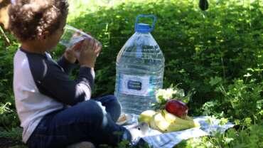 Mi hijo no bebe agua, ¿qué hago?